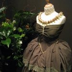 Pearl and Bulb Necklace on Replica-dress of Queen Anna Paulowna - Blooming Vision